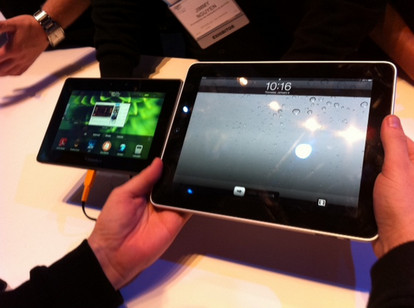 CES 2011: BlackBerry vs Apple IPAD Playbook